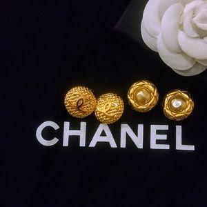 Chanel vintage clip on duo